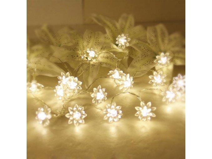 Dekorativní LED světlo kytičky