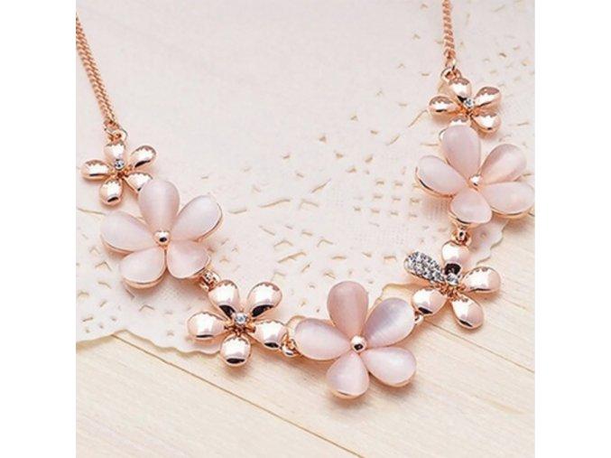 Dámský květinový náhrdelník