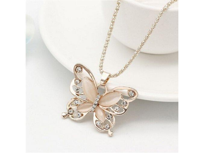 Elegantní jemný dámský řetízek s motýlkem