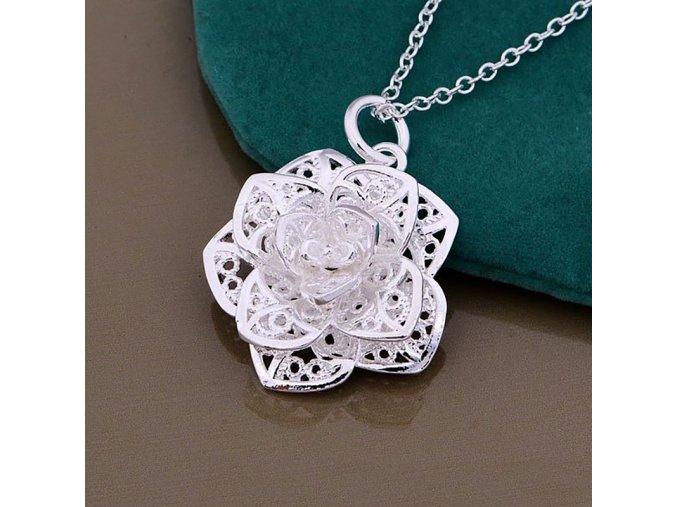 Dámský náhrdelník s kytičkou