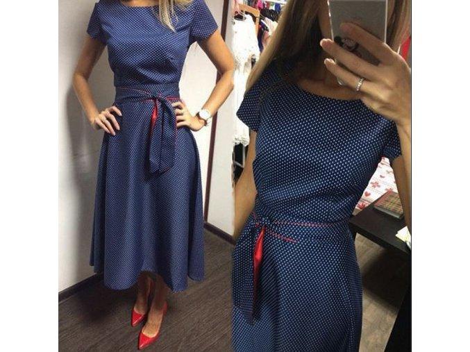 Letní puntíkaté šaty s vázáním v pase a krátkým rukávem (Velikost XXL)