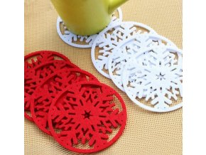 Vánoční dekorace- prostírání, podtácky ve tvaru vločky červené, zelené, bílé  10ks