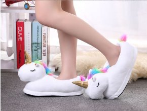 Vánoční dárky- plyšové papuče s jednorožcem bílé