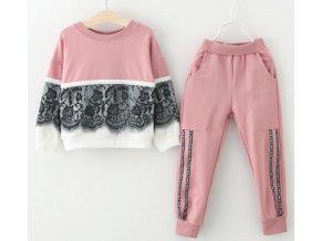 Dětské oblečení- dívčí tepláková souprava s krajkou