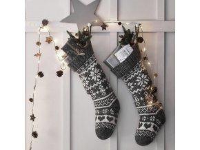 Vánoce- vánoční LED řetěz s šiškami a hvězdičkami 2 m