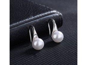 Elegantní jemné dámské náušnice s perlou- Tip na dárek