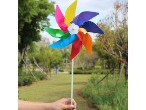 zahrada - dětský větrník - dětská hračka - zábava