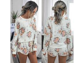 Dámské oblečení - tepláková souprava - pohodlná souprava na doma s potiskem květin - dámská trička - kytky
