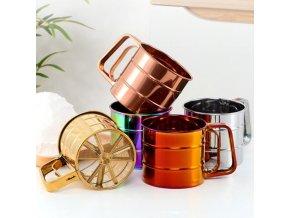 Kuchyně - sítko na prosátí mouky v metalických  barvách - sítko - sypátko - pečení