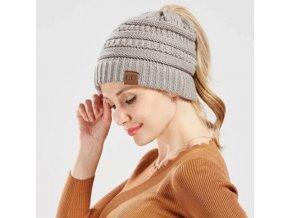 Oblečení - čepice - dámská pletená čepice s dírou na culík ve více barvách - zimní čepice - dárek pro ženu - výprodej skladu