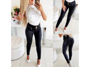 oblečení  - dámské kalhoty - dámské černé kalhoty v koženkovém stylu se zlatými detily - kalhoty - slevy dnes