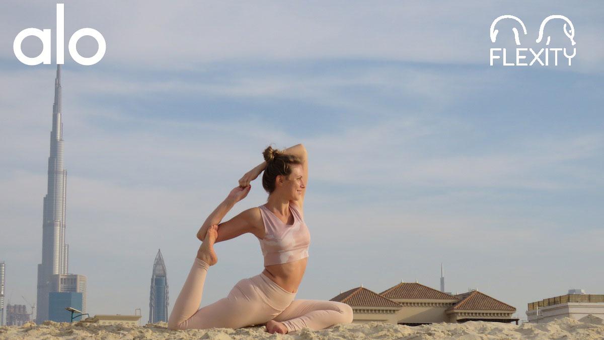 Príbeh Alo Yoga, najslávnejšej značky joga oblečenia na svete