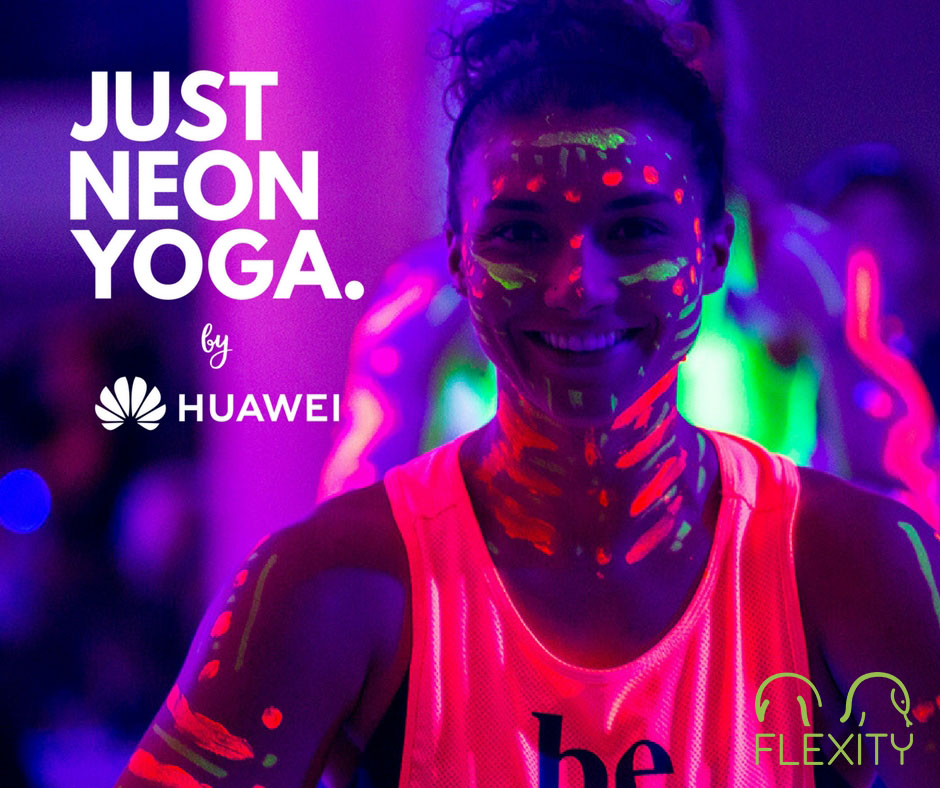 Prečo sa oplatí ísť na Just Neon Yoga, prvý event svojho druhu jogy v Bratislave