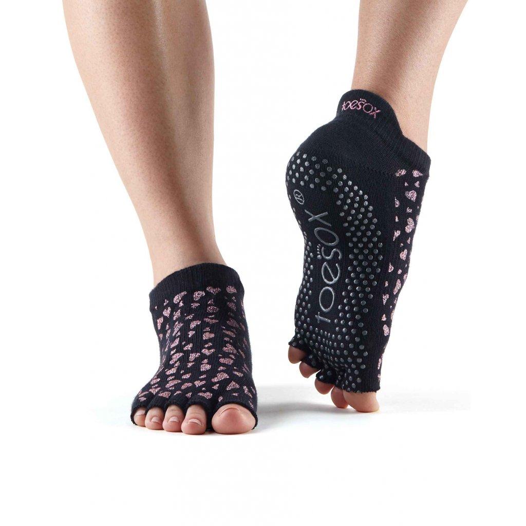 Objedajte si Toesox Halftoe Low rise Grip protišmykové ponožky Charmed za 14,49 Dovoz od 75 EUR zdarma, doručenie do 2 dní, 98% spokojnosť, 100 dní na vrátenie. 1524/RUZ 1