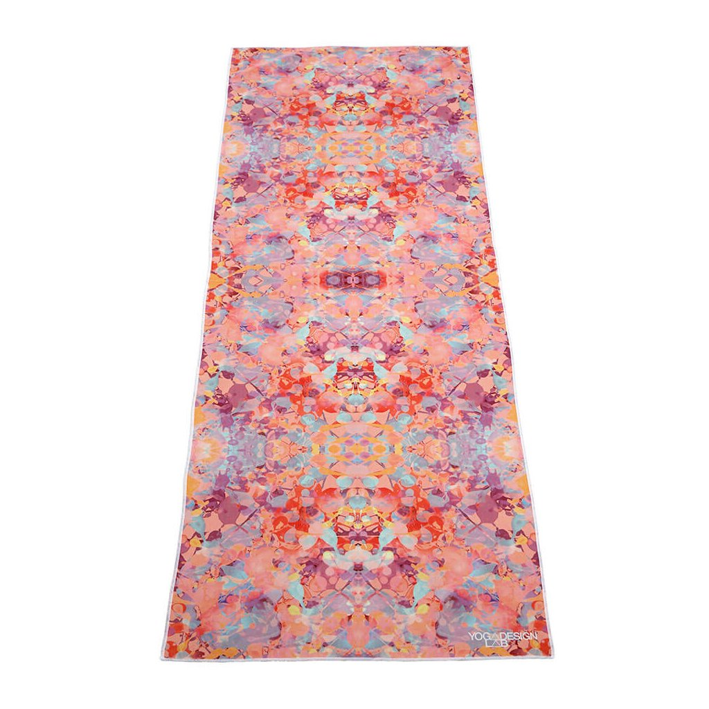 Yoga Design Lab Mat Towel Kaleidoscope uterák na podložku 183 x 61 cm za 41,99 Dovoz od 75 EUR zdarma, doručenie do 2 dní, 98% spokojnosť, 100 dní na vrátenie.  1