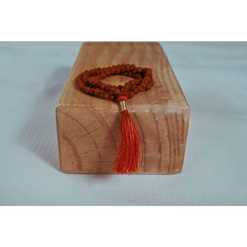 Flexity Rudraksha Mala červené santalové korálky malé