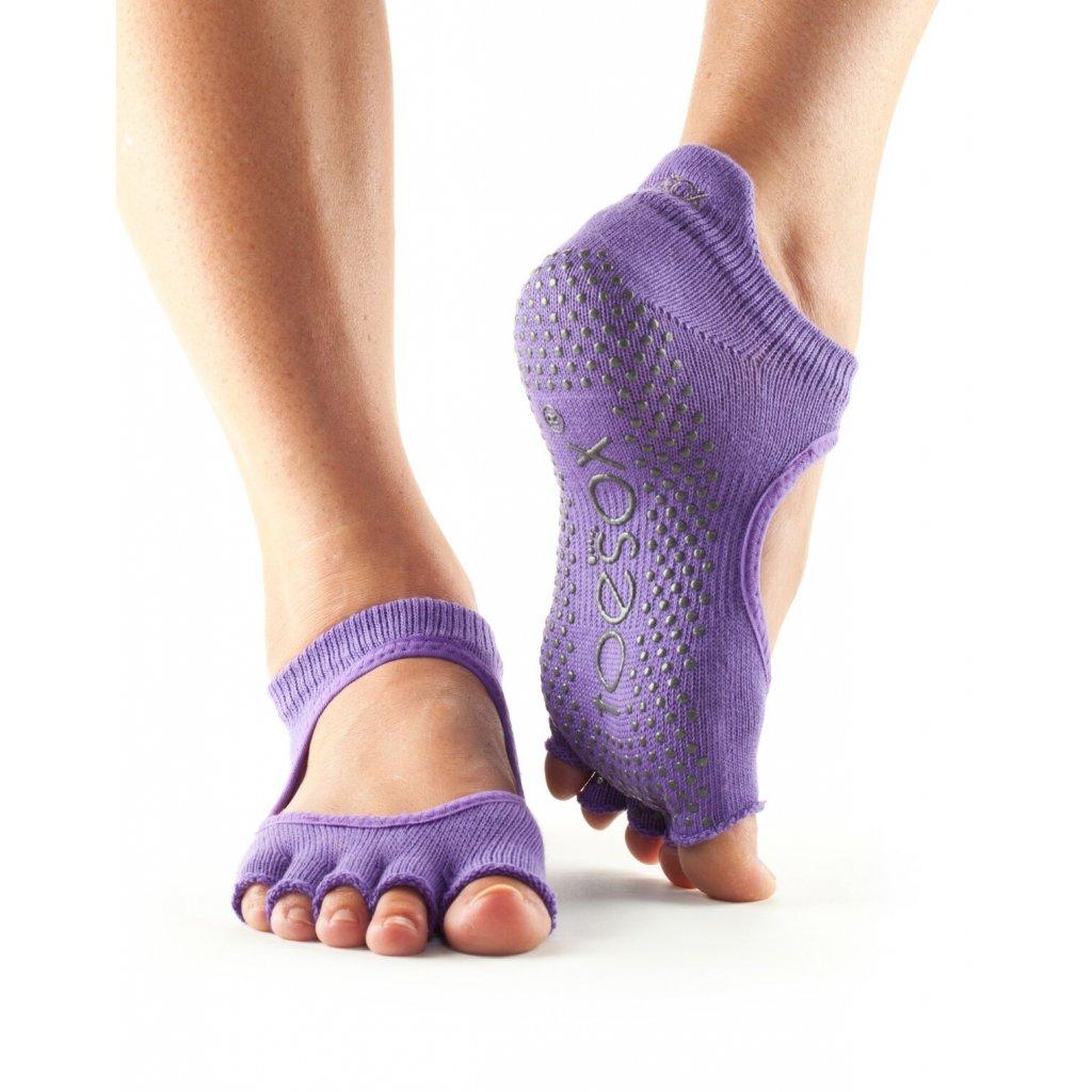 Objedajte si Toesox Halftoe Bella Grip protišmykové ponožky (Light Purple) za 14,49 Dovoz od 75 EUR zdarma, doručenie do 2 dní, 98% spokojnosť, 100 dní na vrátenie. 1302 1