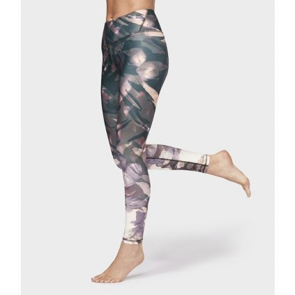711460 wn leggings outback floral legging floral multi 01 min
