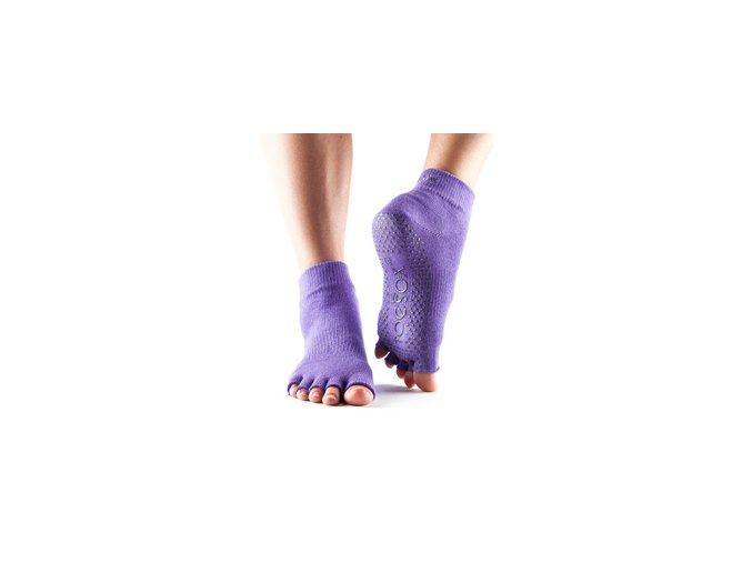Objedajte si Toesox Halftoe Ankle Grip fialové protšmykové ponožky za 13,99 Dovoz od 75 EUR zdarma, doručenie do 2 dní, 98% spokojnosť, 100 dní na vrátenie. 753 1