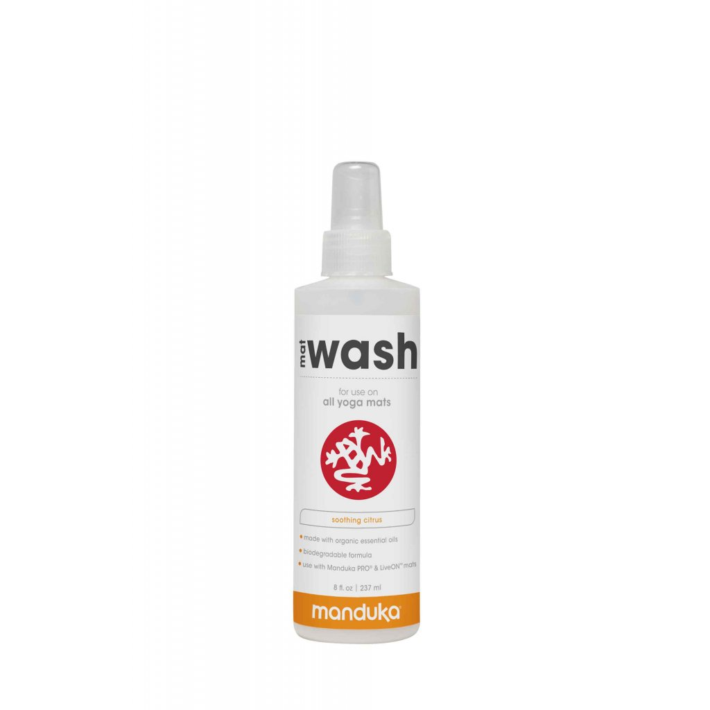Manduka Mat Wash Spray 237 ml cleaner on the pad1187/PAL