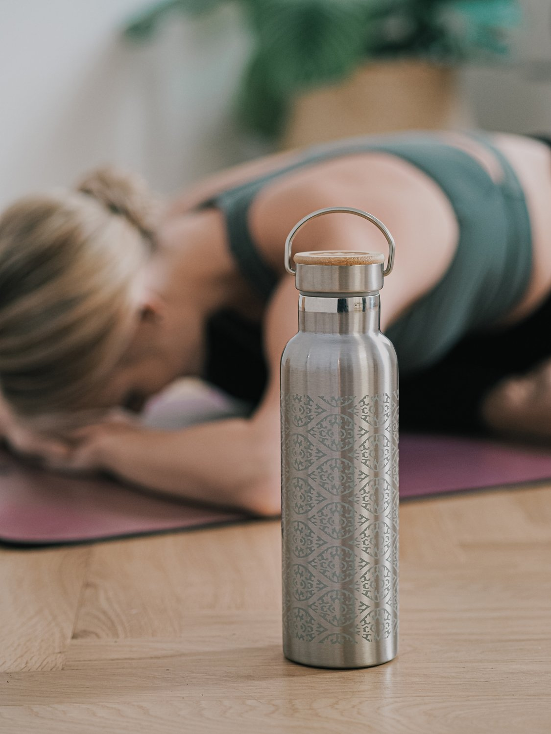TF-BP-yoga-edelstahl-trinkflasche-lotuscrafts-web-res