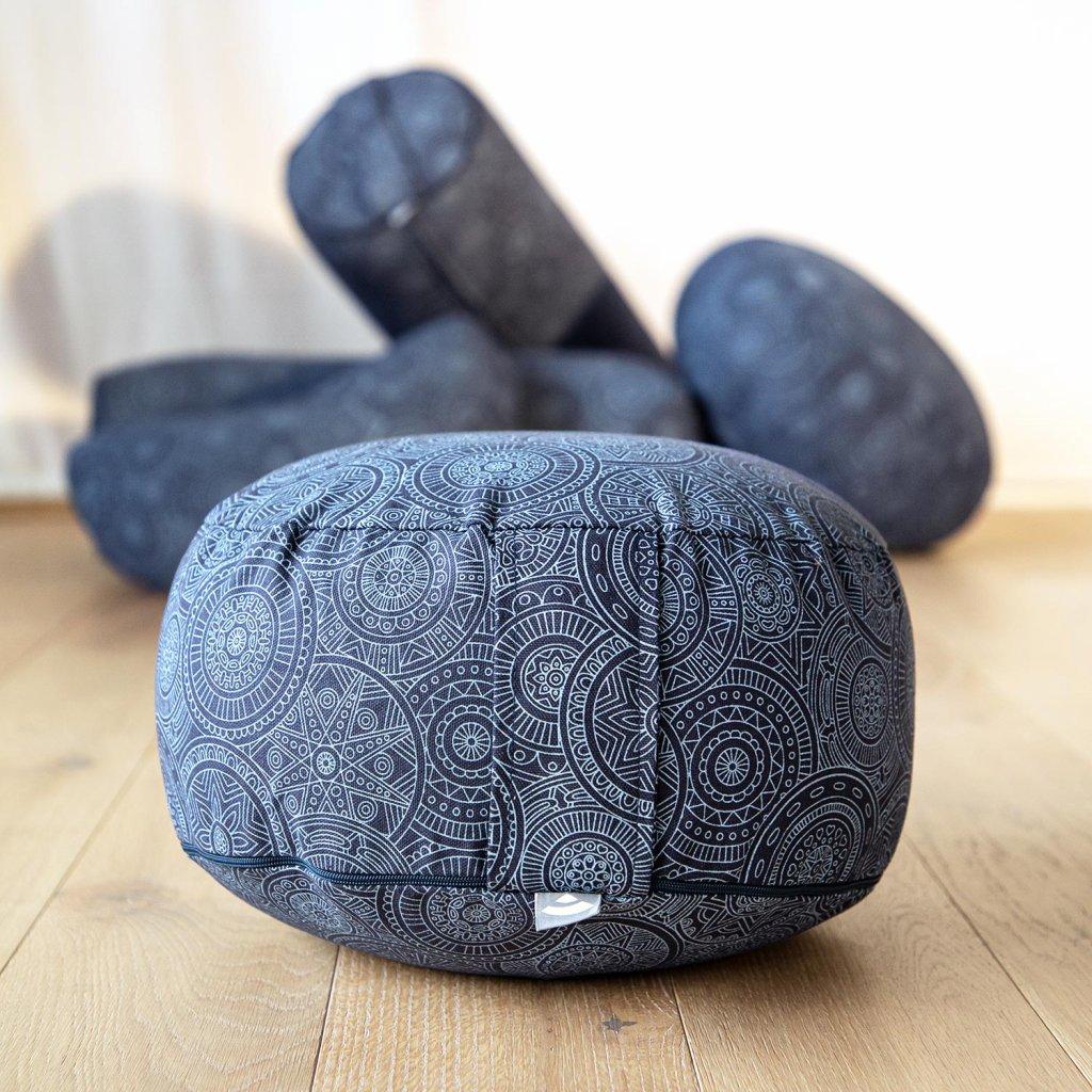 982mb yoga maharaja collection meditationskissen rondo mandala dunkelblau liegend