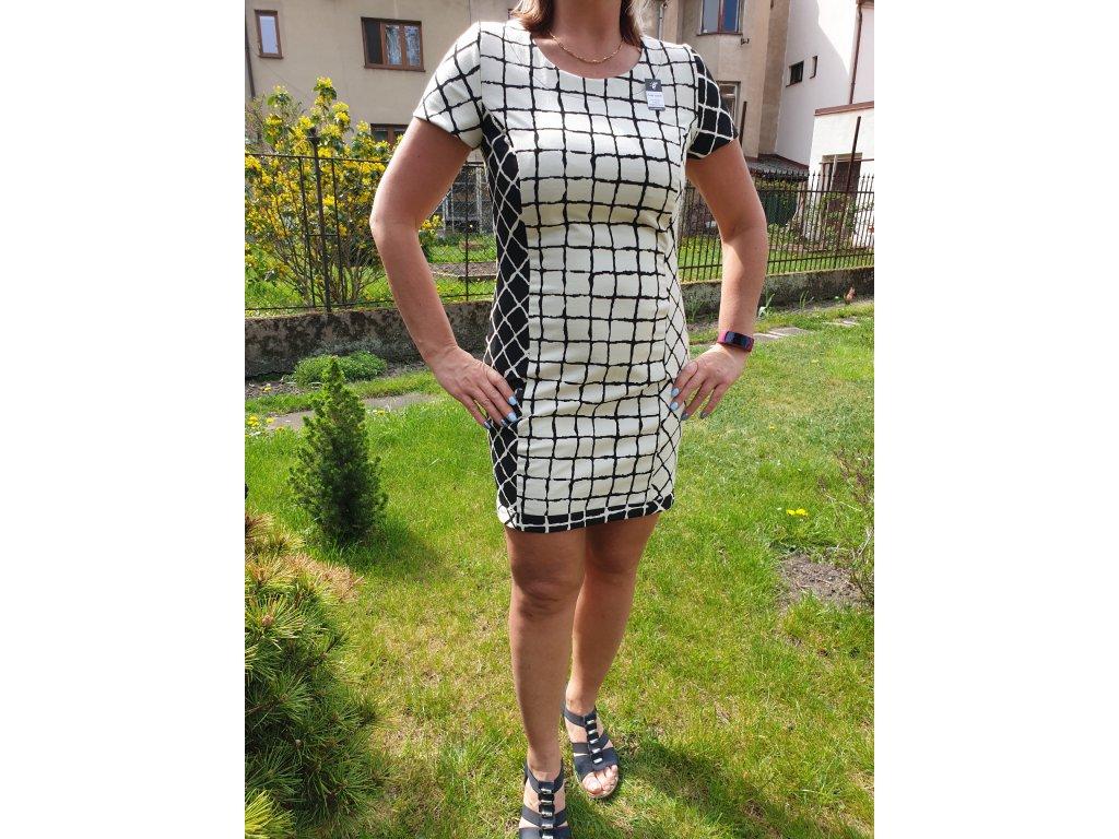 Dámské letní šaty bílé kostky