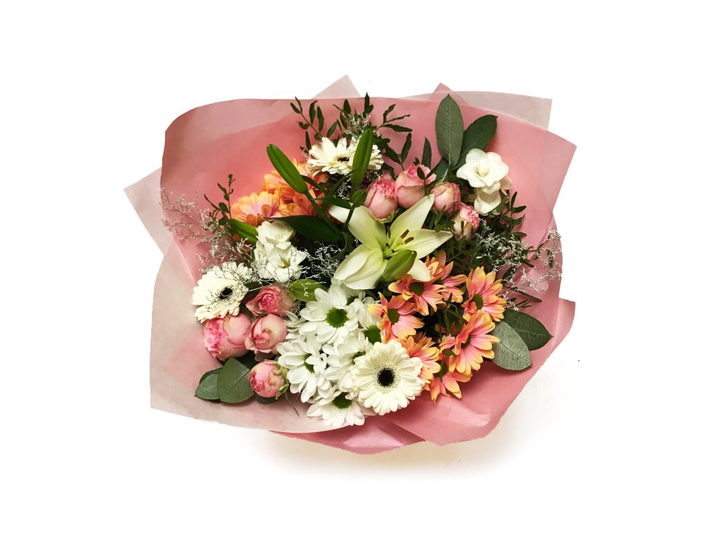 Kytice Ilona - chrysantéma, minirůže, frézie, lilie, eucalypt