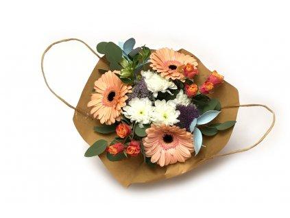 Kytice Luisa - růže, gerbera, chrysanthéma, hypericum