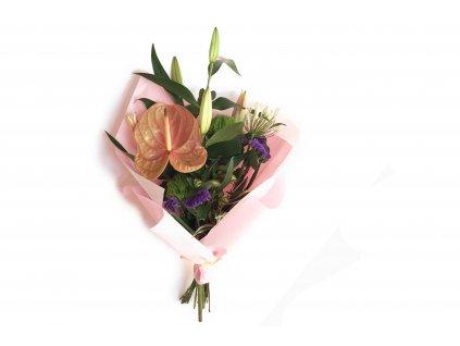 Kytice Pavlína - anturie, lilie, agapanthus, statice, karafiát