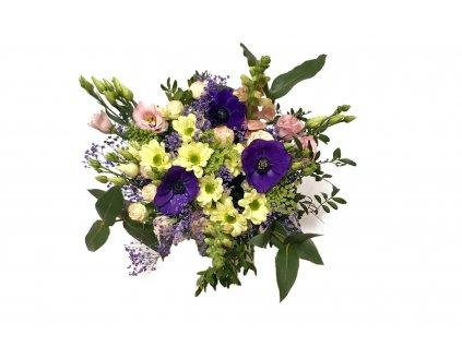 Kytice Tamara - anemone, eustoma, minirůže, hledík, chrysantéma