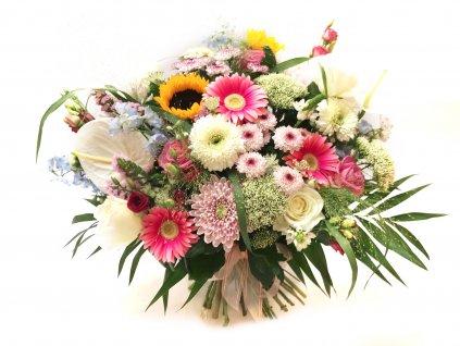 Kytice Anna: gerbera, růže, eustoma, chrysantéma, anturie