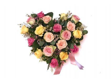 Flower box - srdce,19 růží