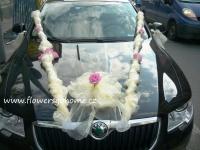 Svatební dekorace na kapotu
