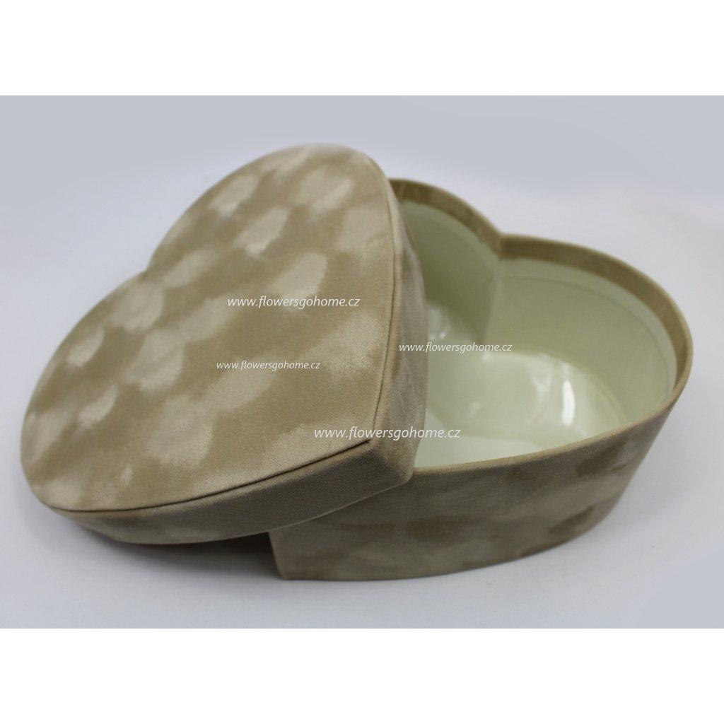 Dárková krabička srdce cream