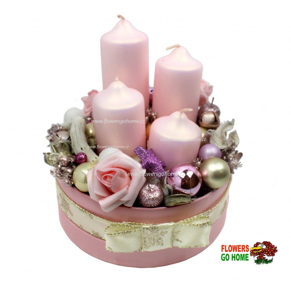 Vánoční svícen růžový