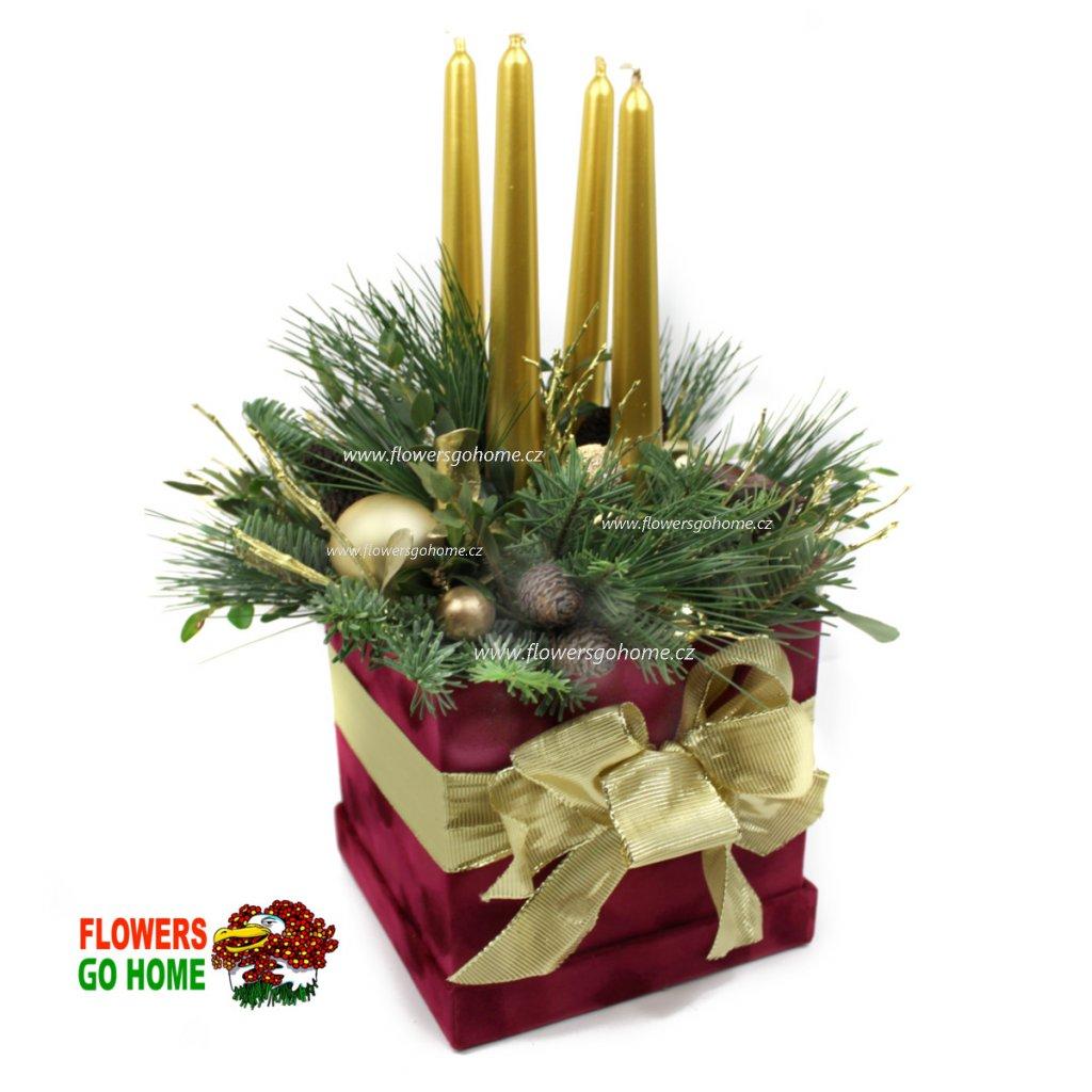 Vánoční svícen v krabičce