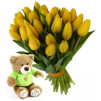 Žluté tulipány s plyšovým medvídkem