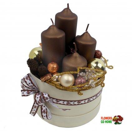 Vánoční svícen hnědé svíčky