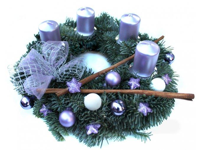 Adventní věnec lilac