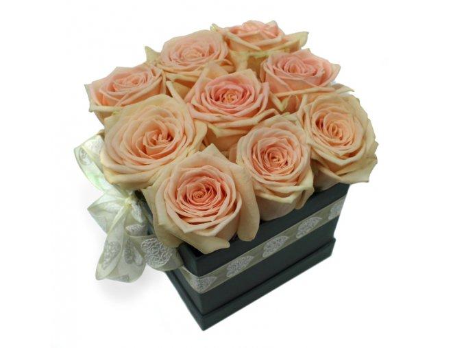 Růžové růže box