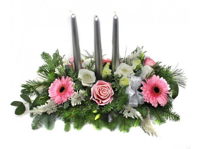 Vánoční svícen stříbrné svíčky