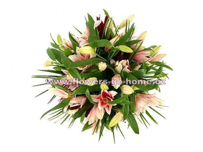 Velká kytice lilií