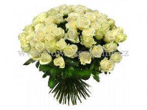 21 bílých růží