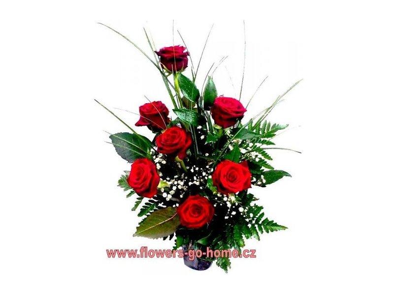 Kytice růží Velikost: 7 ks