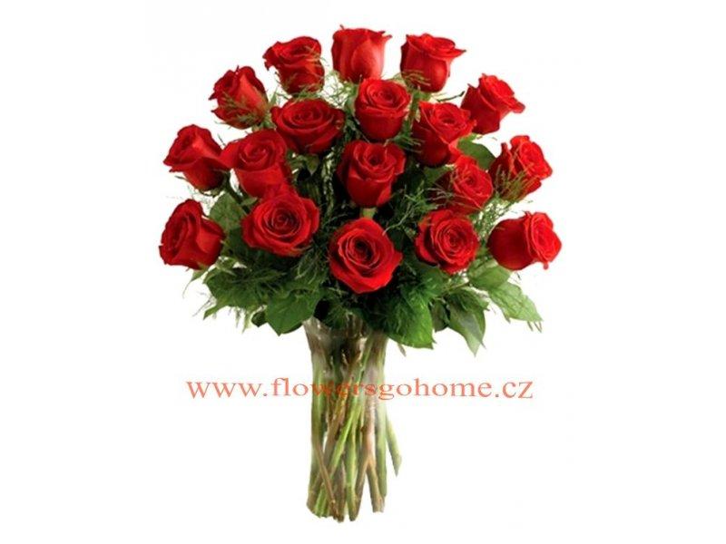 Kytice růží Velikost: 18 ks