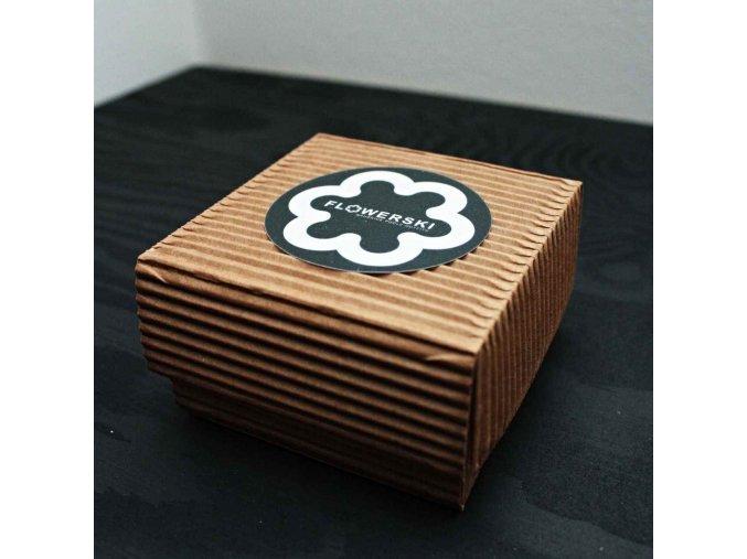 cerna flowerski krabicka na sperky
