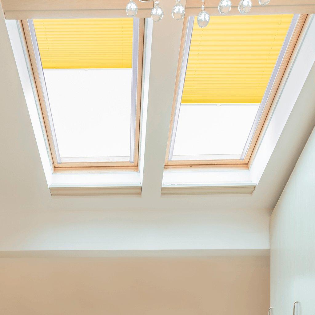 Roleta Plisé na střešní okna, s profilem Decor, Blackout, Citrónová žlutá, P 4-7311 detail