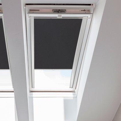 Roleta Látková na střešní okna Velux, STANDARD, Černá, LE 136 detail