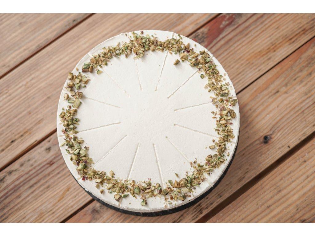 Orechovo brusinkovy dort